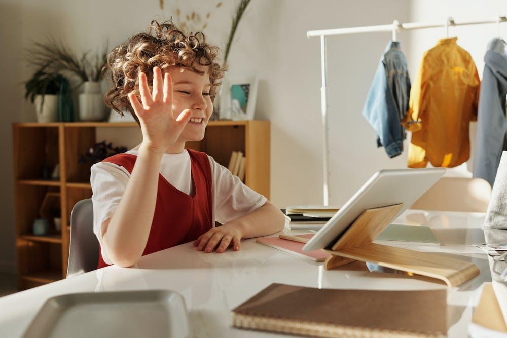 cách để các em học sinh học online trực tuyến hiệu quả
